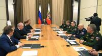 Putin iclasda zarafat etdi
