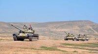 Azərbaycan tankları döyüş hazırlığına gətirildi - VİDEO