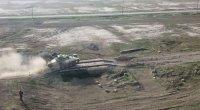 Azərbaycan Ordusunun tank bölmələri döyüş atışları icra etdi - VİDEO