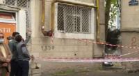 Uşaq binanın fasadından qopan daşın altında qaldı - Bakıdakı dəhşətli hadisənin VİDEOSU