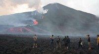 İnsanlar vulkandan sakitləşməyi və kül tullamamağı xahiş edirlər - VİDEO