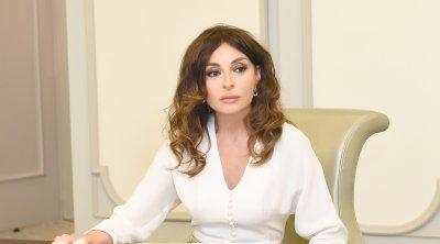 Mehriban Əliyeva xalqı təbrik etdi - FOTO