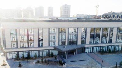 Prezident və xanımı Bakı Avropa Liseyinin yeni binasının AÇILIŞINDA - VİDEO
