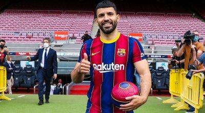 """Messinin dostu Aquero """"Barsa""""da ilk oyununa çıxa bilər"""