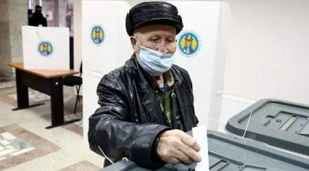 Moldovada prezident seçkilərinin ikinci turu: Seçici fəallığı 50 faizi keçdi