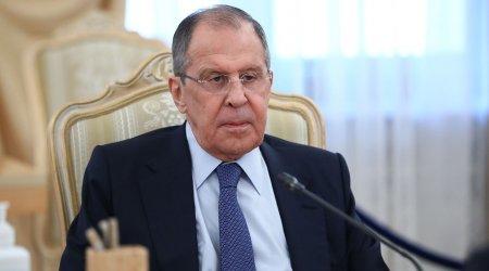 """Lavrov İrəvanda ermənilərə dərs keçdi: """"Sülh prosesi çoxdan başlayıb, hər şeyi siyasiləşdirməyin"""""""