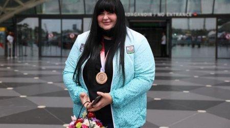 Tokioda bürünc medal qazanan cüdoçumuz Bakıya gəldi - FOTO