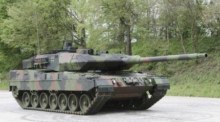 """Almaniya ordusuna ilk modernləşdirilmiş """"Leopard 2A7V"""" tankları verildi - FOTO"""