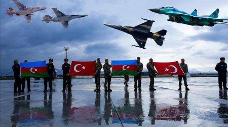 Azərbaycan və Türkiyə qırıcıları İstanbulda havaya qalxdı - VİDEO