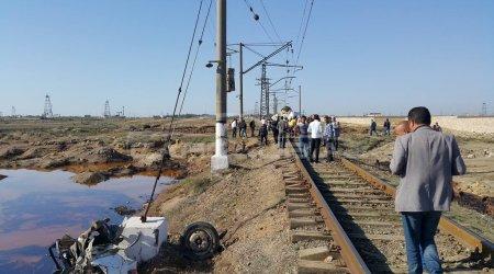 Türkiyədə qatarla avtomobil toqquşdu – Yaralılar var
